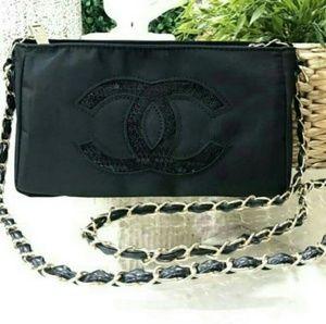 Chanel Cross Body Chain Bag VIP Gift New
